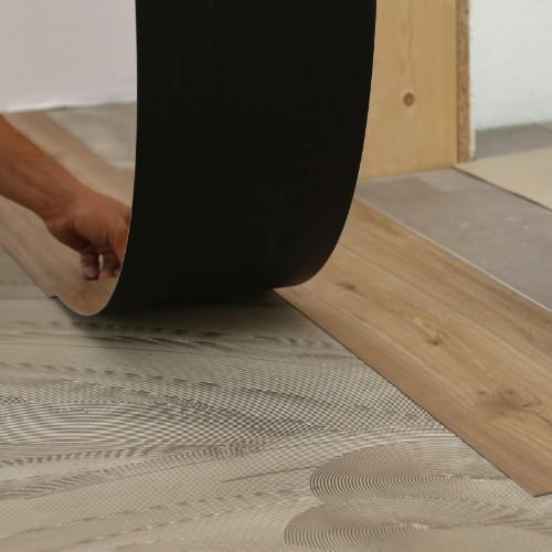 Vinyl installation | The Floor Fashion Centre
